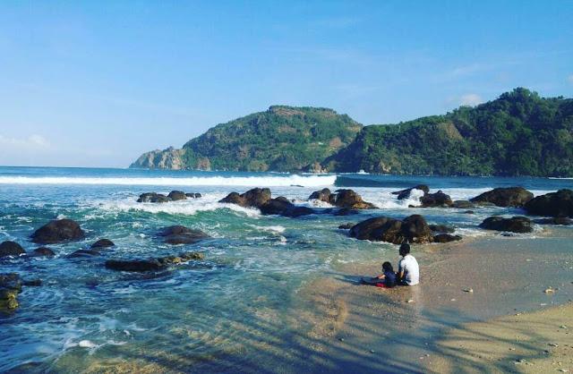 Menikmati Wisata Pantai di Gunungkidul