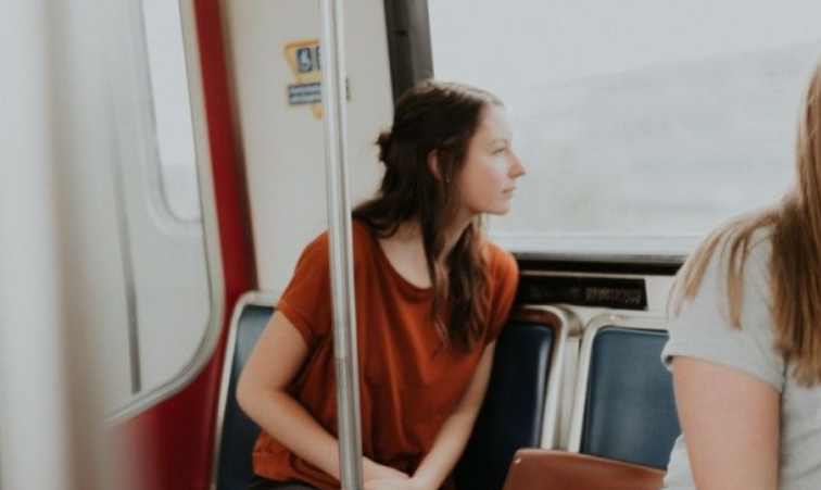 Terapkan  Tips Jitu Ini Agar Kamu Gak Mudah Sakit Saat Traveling