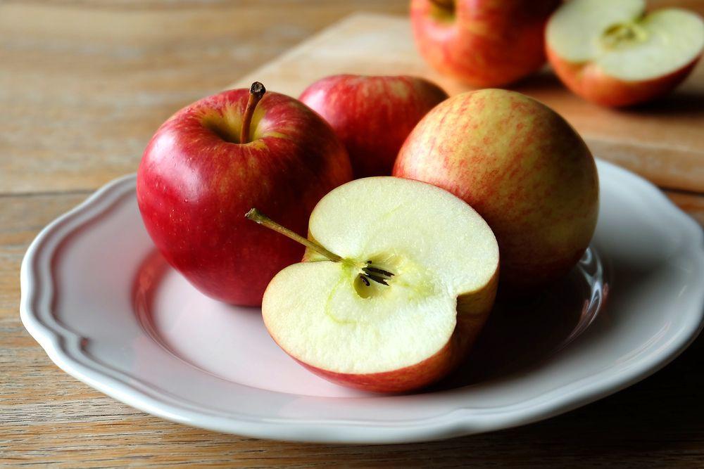 Inilah Kerugian Dari Memakan Buah Apel Yang Harus Kamu Ketahui!